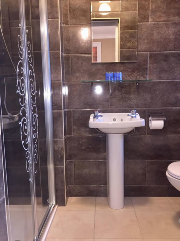 Tiled Bathroom in Fore Bed and Breakfast